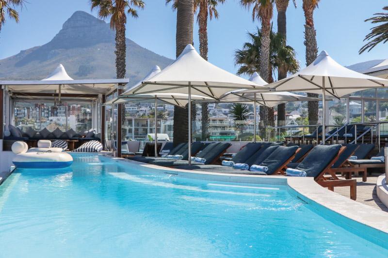 the-crystal-sandy-b-poolclub